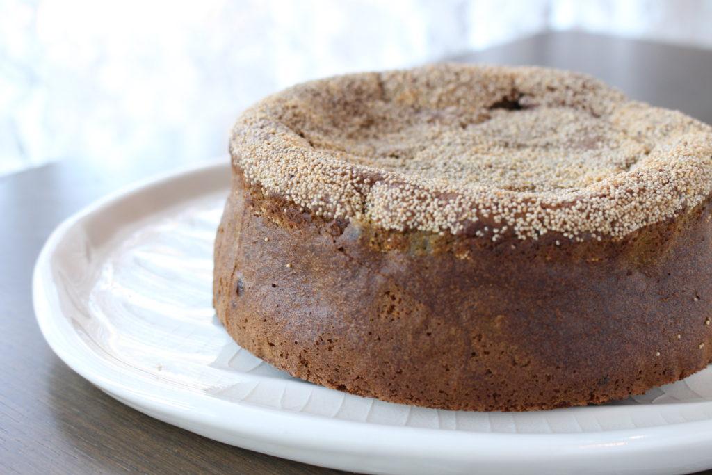 抹茶と大納言あずきのケーキ